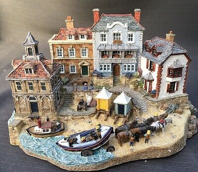 Danbury Mint - Rescuers Return - The RNLI Collection