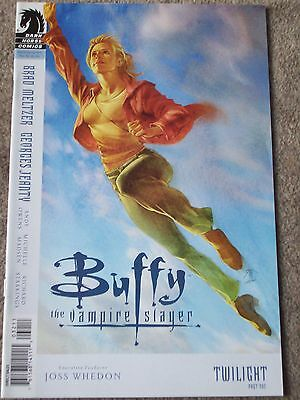 Buffy The Vampire Slayer #32 : Season 8 : Joss Whedon : 2009 Dark Horse Comics