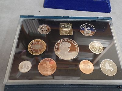 1999 Royal Mint UK 9 Coin Proof Set Inc Rugby World Cup & Diana Memorial Coin