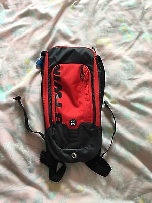 B'Twin 1L Water Hydration Backpack Rucksack Pack Cycling Bladder Hiking 3L Bag