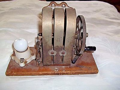 Antique-Holtzer-Cabot-Ac-Motor-Generator- W/ Light 1904 Works! Science Project?