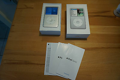 Apple iPod classic 6.1 Generation Silber (120GB)