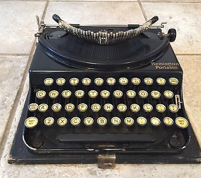 Vintage Remington Portable Model 1 Typewriter from 1928 Black with case. works