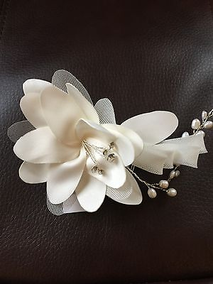New Cara Flower Hair Comb With Crystals Wedding Bride Prom Ivory