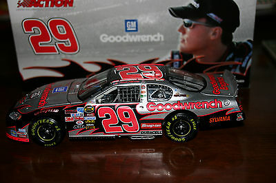 29 GM GOODWRENCH/quick silver KEVIN HARVICK 1:24 ACTION DIECAST 2005 MONTE CARLO
