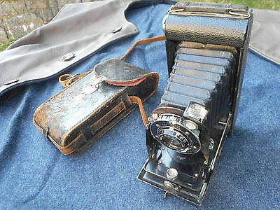 Vintage folding camera, Ideal 1940s WW2 look reenactment