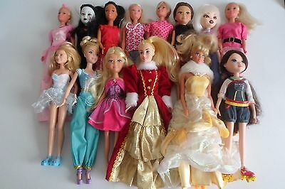HUGE Lot Of Dressed Fashion Dolls Boys & Girls x 29 See ALL Pics