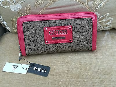 Guess Wallet Purse Brand New .