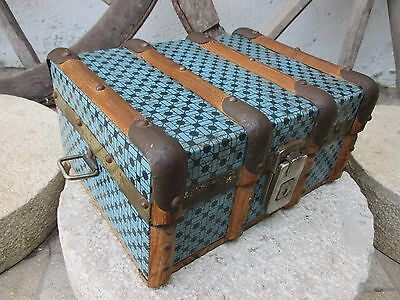 Antique Or Vintage Beautiful French Trunk Chest Hinged Box In Wood Tin Lined