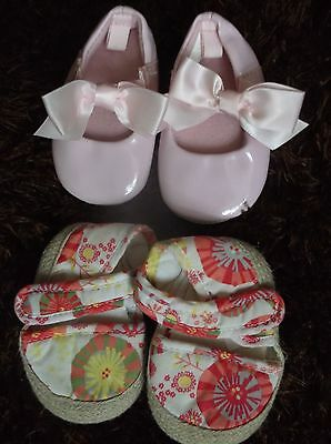 2 Pairs Of Baby Girl Pram Shoes Size 0/3 Months