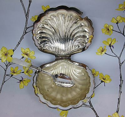 Vintage EPNS silver plated SCALLOP SHELL DISH for CAVIAR. Glass insert. Spoon.