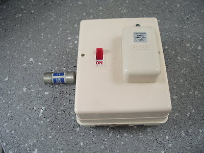Wylex 60 Amp Switch Fuse Isolator  To Include Fuse & Spare Fuse