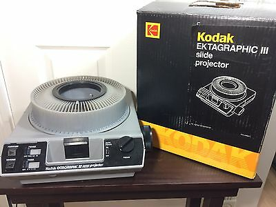 Vintage Kodak Ektagraphic Iii Amt Slide Projector Wired Remote Tested Working
