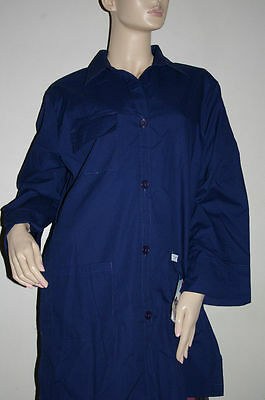 "Crest Woman S/S Lab Coat  Button Front 3 Pockets 32"" Length Style #160  Size XS"