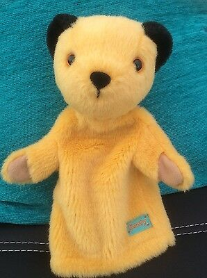 SOOTY AND SWEEP  SOOTY HAND PUPPET PLUSH SOFT TOY nice condition