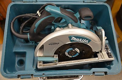 "EXCELLENT Mikita 7 1/4"" 120V, 15A, 60Hz Circular Saw w/ Case 1 YR WARRANTY"