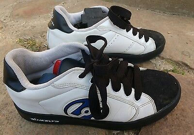 chaussures heelys à roulettes taille 44.5 ou uk10