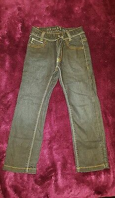 Boy's blue denim jeans by Burberry! Age 6/116cm