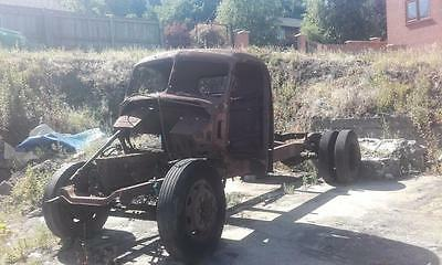 Bedford O Type Classic Truck Rolling Chassis For Parts Wheels Engine