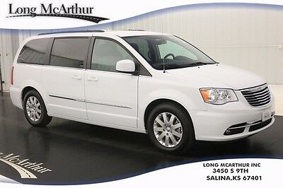 2016 Chrysler Town & Country TOURING HANDICAPPED ACCESSIBLE MINIVAN LEATHER SEATS DVD POWER SLIDING DOORS LIFTGATE HANDICAPPED VAN VALET SEAT