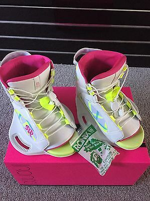 Ronix Wakeboard Bindings Girls August Boots