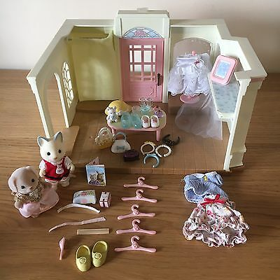 Sylvanian Families Dress Shop With Figures And Accessories EPOCH Kids Toys