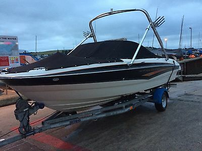 Sports boat , Bayliner 185 Special Edition Bow