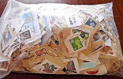 1 Kilo of GB Stamps on Paper, Kiloware. Good Range of Stamps Looks Close Cut.