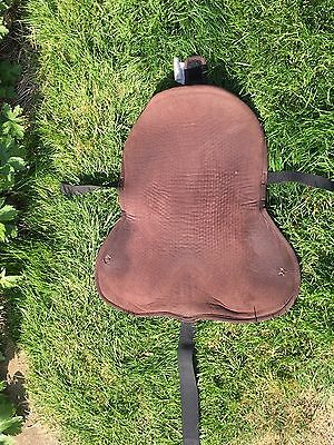 Seat Saver Gel In Brown Anti Slip Acavello Used On 16-16 1/2 In Pony Saddle.