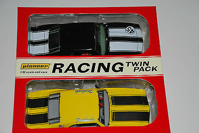 Pioneer 1:32  Twin Pack #9 - Black Z-28  And   #45 / 1968 Red Camaro Z-28