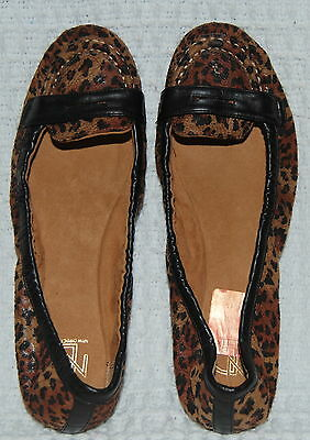 *EUC* ND New Direction Womens Size 10 Flats Slip on Shoes Cheetah