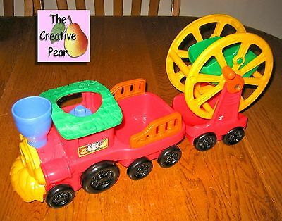 Fisher Price Little People Zoo Talkers Red & Blue Animal Sounds Musical Train