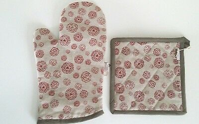 Designer Oven Glove mitt & pot holder Linen & cotton Wildflower Red Memi Designs