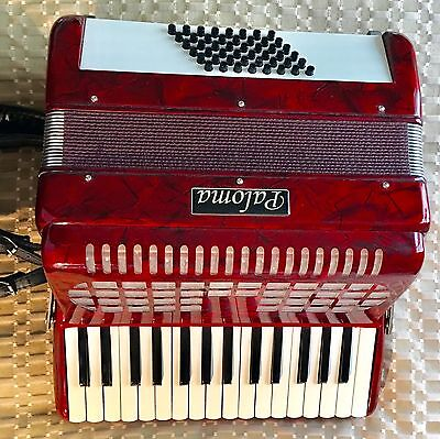 Paloma 48 Bass Accordion