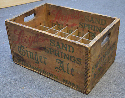 RARE Antique LLOYDS GINGER ALE Dovetail Advertising Crate Box 20x13.5x11