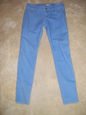 Abercrombie & Fitch Womens/Junior  size 0 Blue Corduroy Skinny Jeans.REDUCED