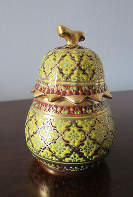 Thai pocerlain benjarong hand painted gold color pottery decorative pot with lid