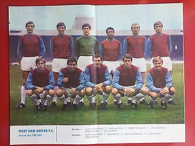 Football League Review Vol 3 Issue 32 #332 West Ham United Colour Picture
