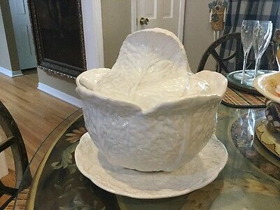 Portugal Majolica White Cabbage Leaf Soup Tureen Ladle Bowl Covered Lid 4pcs