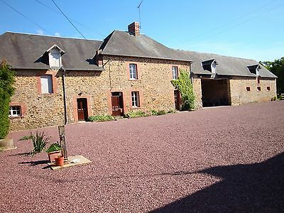LARGE STONE FARMHOUSE 2nd HOUSE COURT YARD BARNS WITH 17 ACRES LAND.