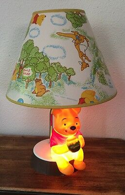 Vintage Disney Winnie The Pooh Lamp Dolly Toy Co 1977 Made in USA Tested & WORKS