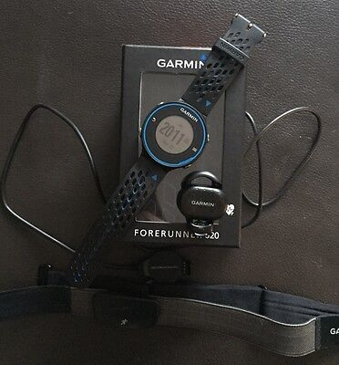 Garmin Forerunner 620 Watch With Heart Rate Monitor And Footpod