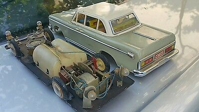 Vintage Sedan Tin Toy Car China Me 728 Battery Operated 1960's