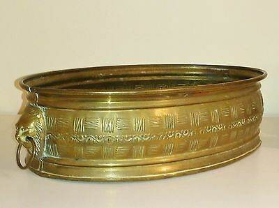 Elegant Antique Edwardian Oval Brass Planter With Lion Head Handles