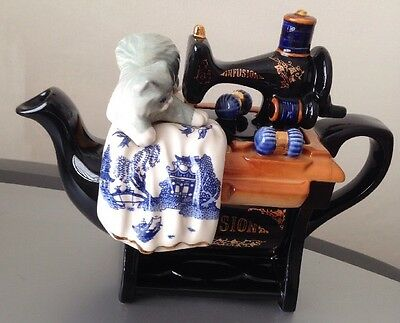 Medium Cardew Blue Teapot-Sewing Machine