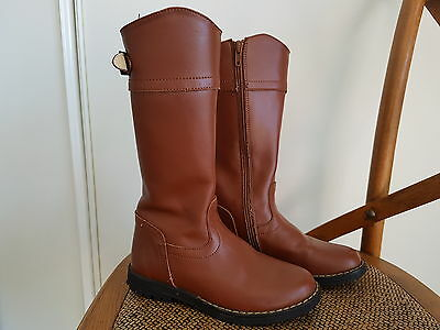 Girls leather boots Size 31 Worn once