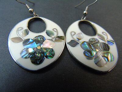 SILVER & MOTHER OF PEARL Flower EARRINGS Signed ALPACA / free shipping!!