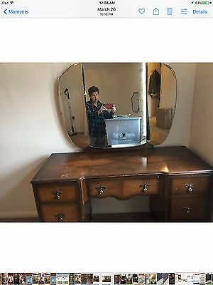 Antique  Dressing Table With 3 Mirrors, Ship International