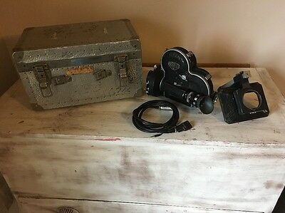 ARRIFLEX 16S MOVIE CAMERA With Carrying Case
