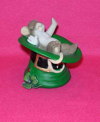 Charming Tails TOP O' THE MORNING TO YOU  Irish Mouse Sleeping 4020490